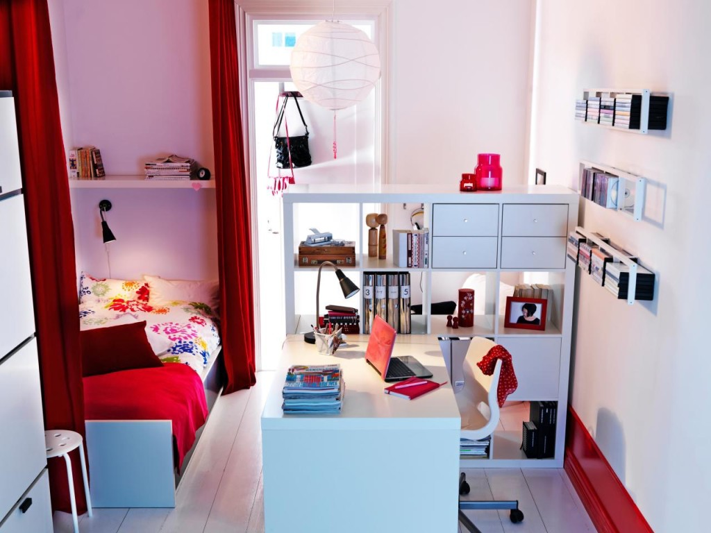Creative organization ideas for college dorm rooms parenting for college - Chambre ado ikea ...
